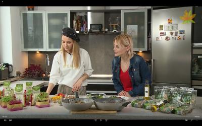 W programie Czas na Wege, Paulina Sykut Jeżyna przygotowuje kaszotto z kiełkami od Home&Kitchen Garden