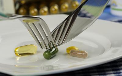 Tabletki czy naturalne pożywienie? Home&Kitchen Garden przekonuje, że nic nie zastąpi tego, co naturalne.